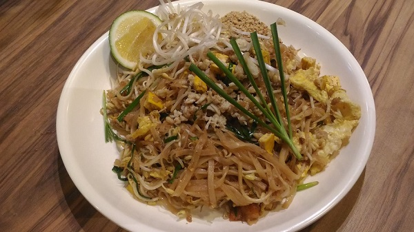 BKK Express Pad Thai Crabmeat
